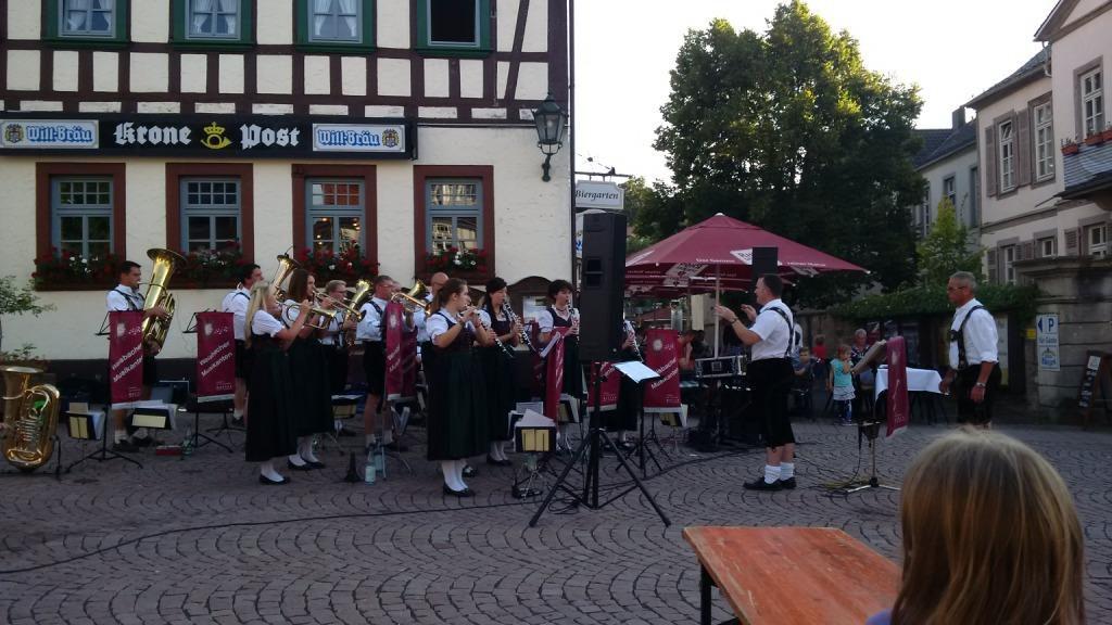 Marktplatzkonzert-Gersfeld-Ballonfahrt-01