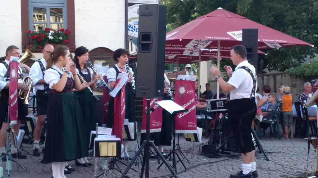 Marktplatzkonzert-Gersfeld-Ballonfahrt-03