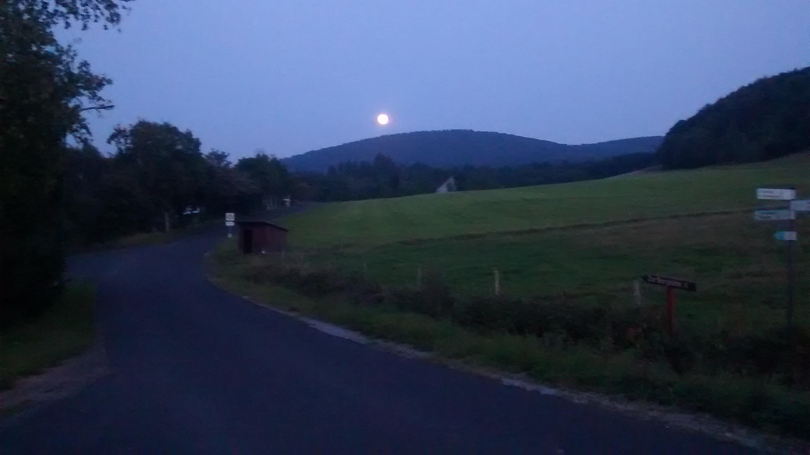 Mondaufgang am Simmelsberg